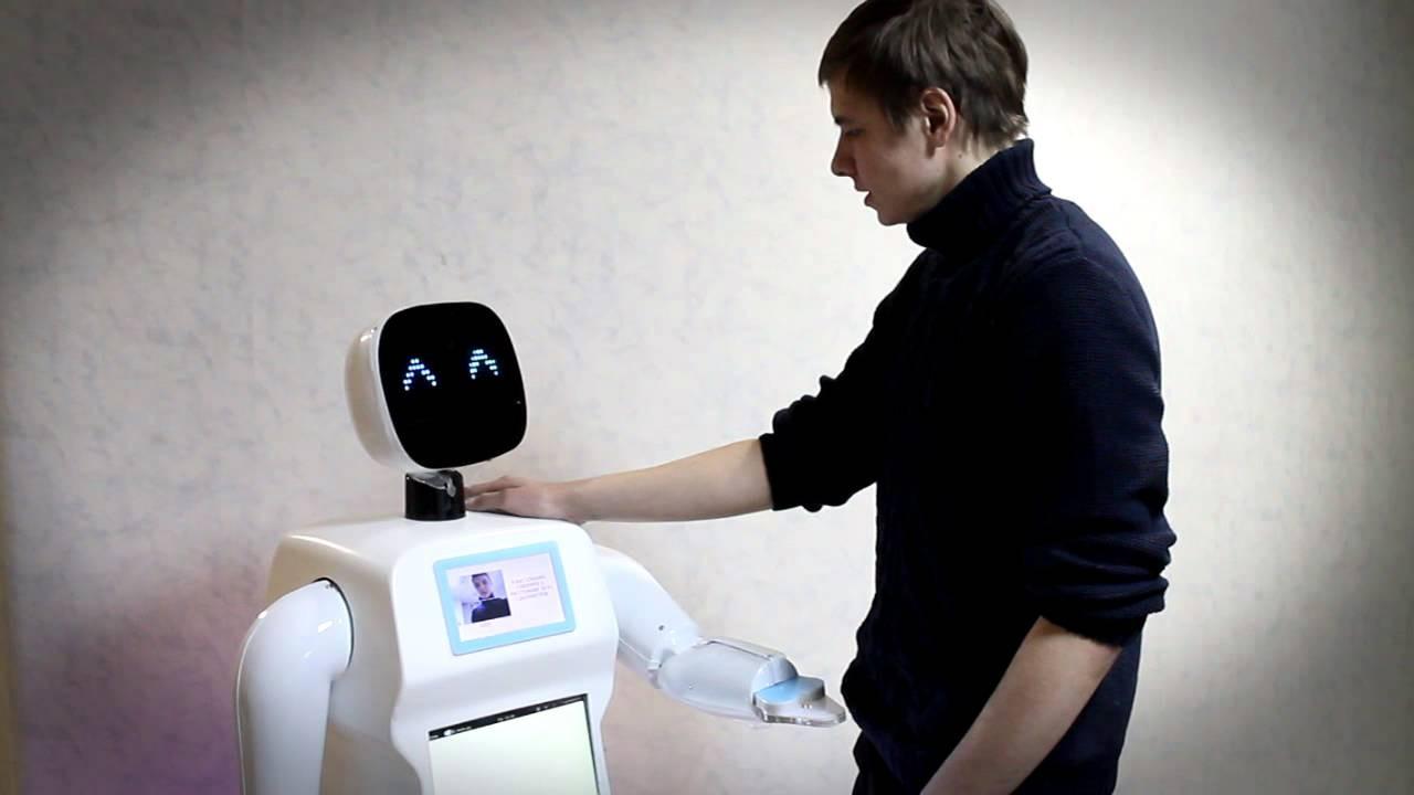 Компания «Промобот» представит новейшую версию робота-промоутера Promobot V.3