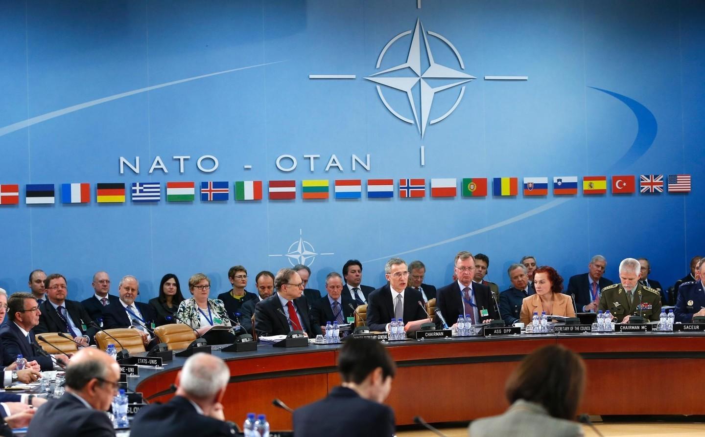 Навстрече минобороны НАТО могут обсудить ситуацию вСирии