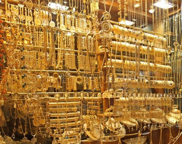 В чем преимущества покупки ювелирных украшений в интернет-магазинах?