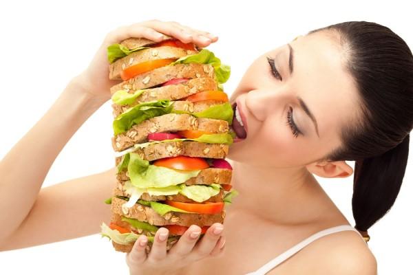 Ученые узнали, как работает мозг голодного человека при виде еды