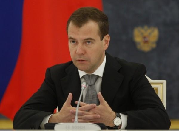 Медведев: ежегодно будет выделяться 10 млрд рублей на благоустройство городской среды