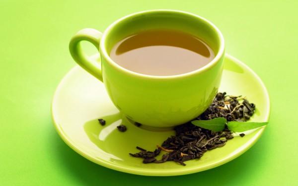 Ученые: Зеленый чай положительно влияет на мужчин