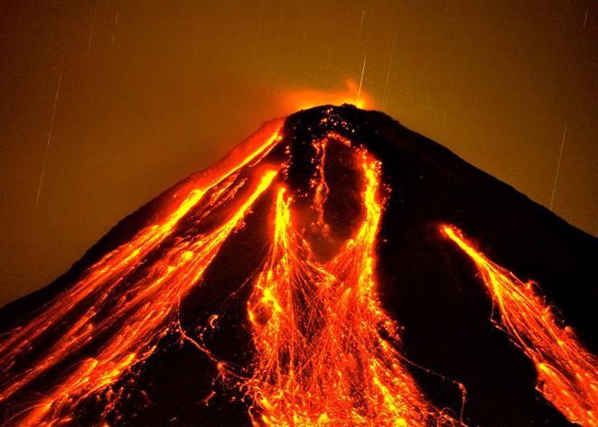 ВМексике проснулся вулкан, несколько человек эвакуированы