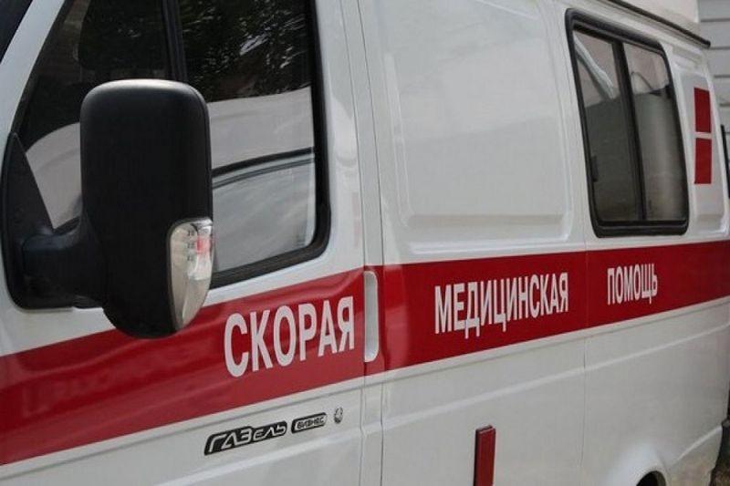 Рекламный щит рухнул напенсионерку в российской столице