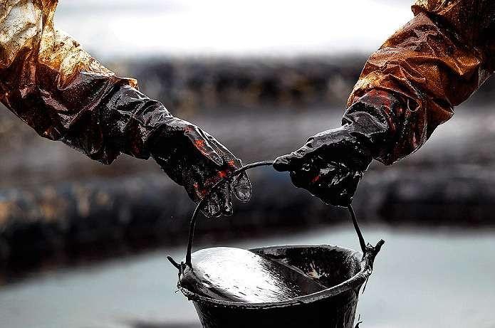 Цены нанефть понижаются после заявления руководителя минэнерго РФ овстрече ОПЕК