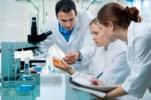 Английские ученые изобрели препарат, продлевающий жизнь смертельно больных пациентов
