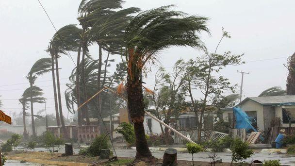 Ураган-убийца Мэттью добрался доСША: есть жертвы