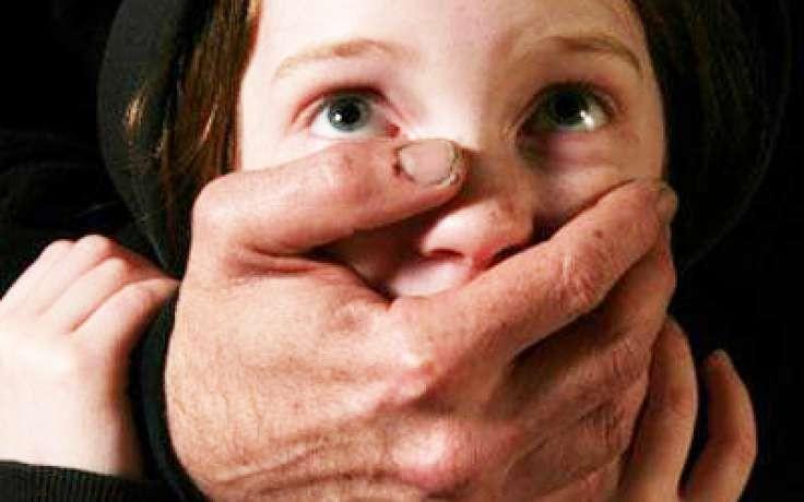Приемные родители изнасиловали идосмерти забили 5-летнюю девочку