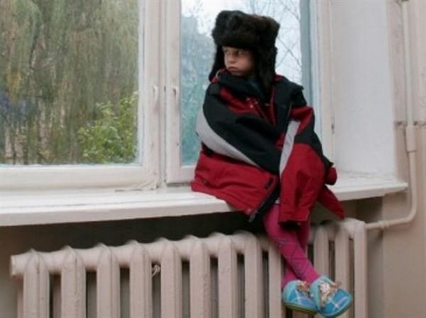 ВБурятии милиция отыскала 2-х детей, оставленных вхолодном доме без еды