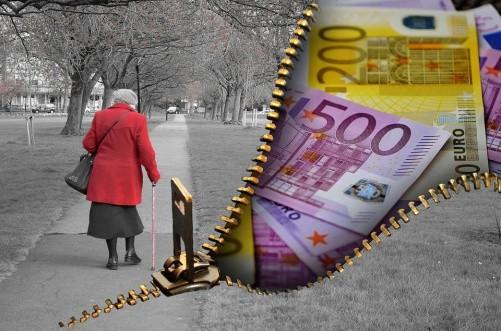 Жизнь престарелых женщин намного трудней ибедней мужской