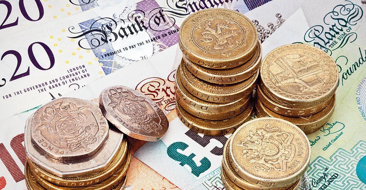 Британский фунт обрушился доминимума за168 лет