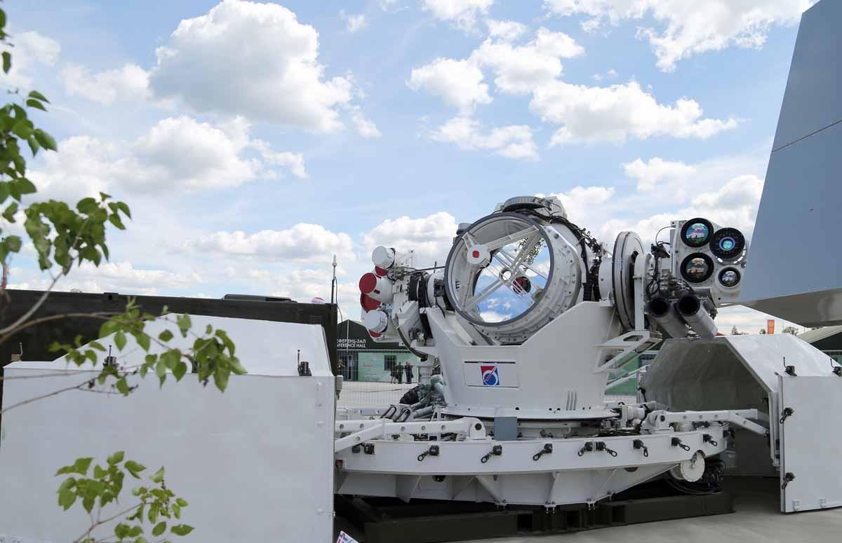 В Российской Федерации создадут систему для уничтожения космического мусора