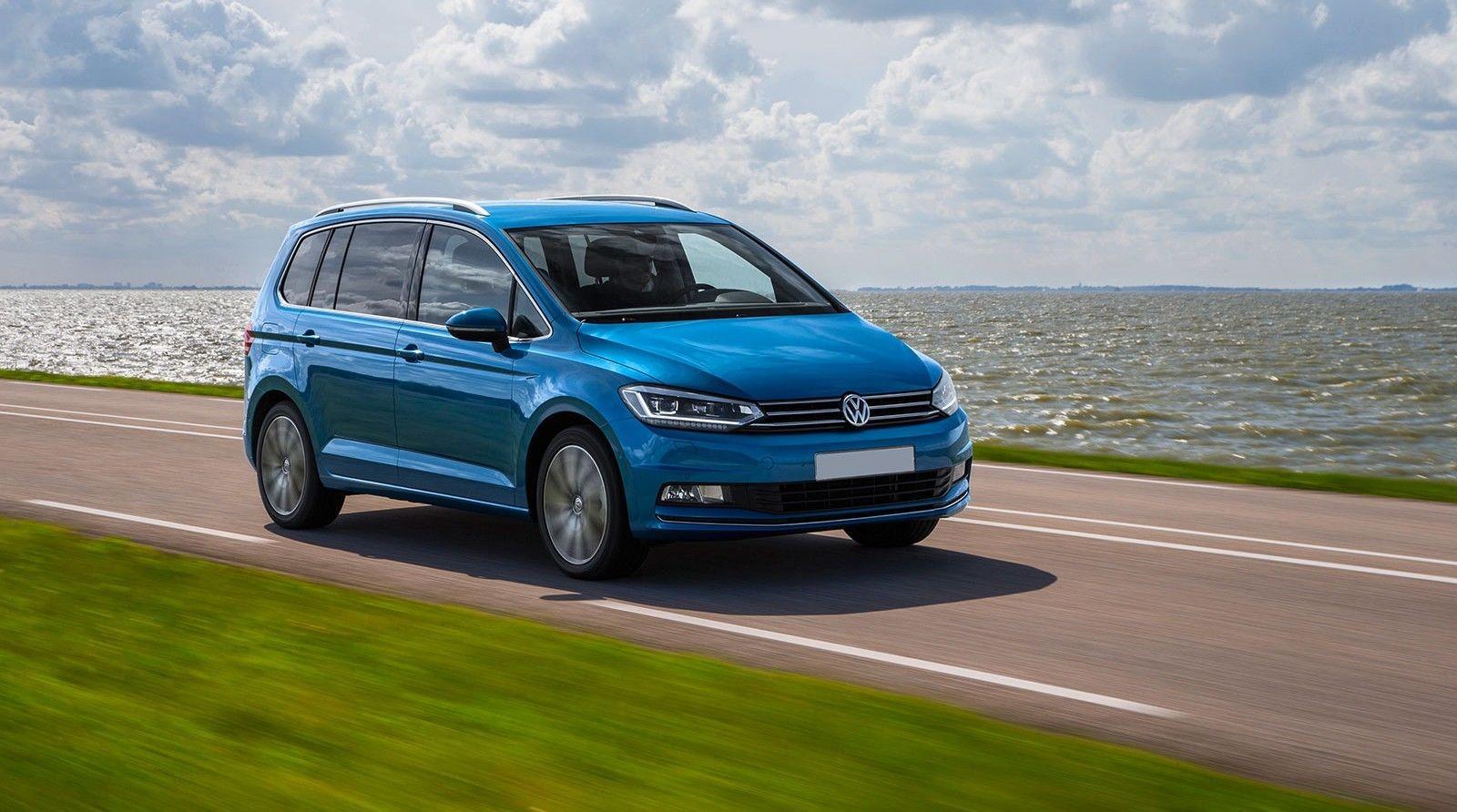 В Российской Федерации изымут изпродажи VW Touran