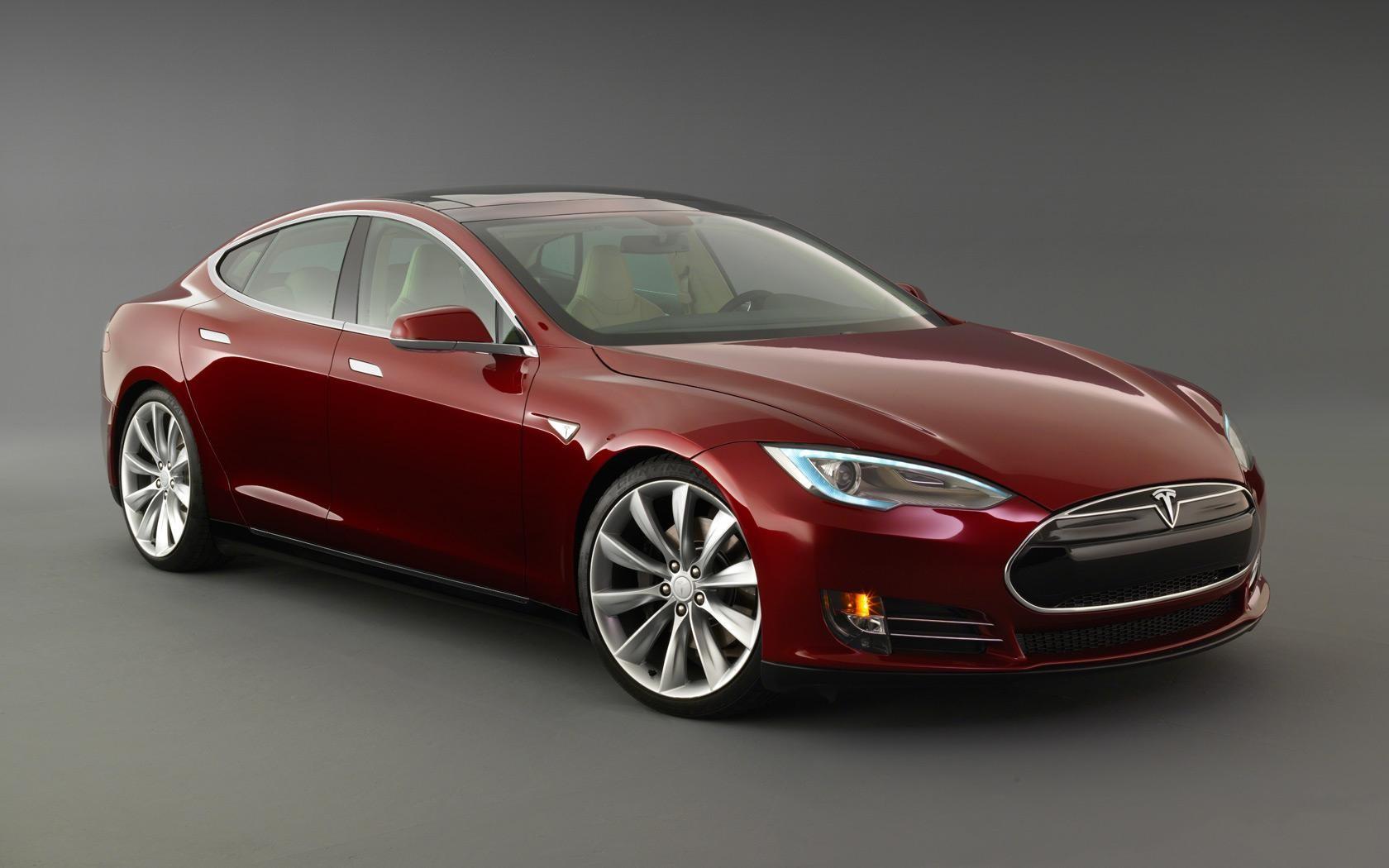 ВГермании Tesla попросили неупоминать автопилот врекламе автомобиля