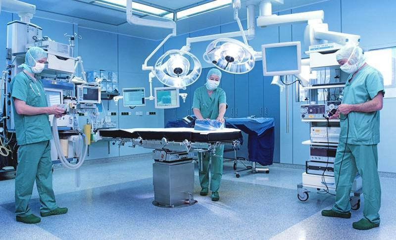 Американские хирурги благополучно провели смертельно страшную операцию