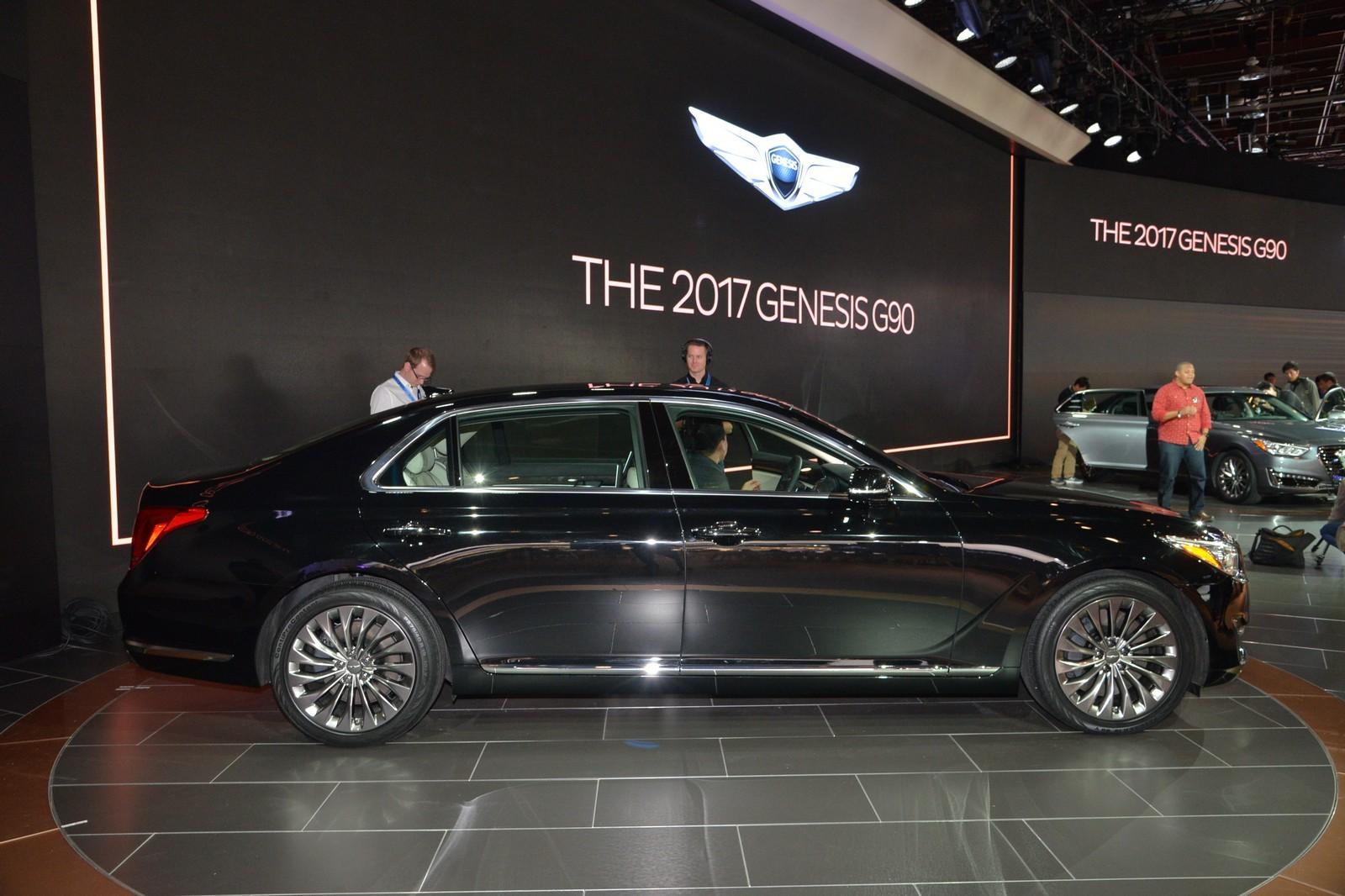 Названы русские ценны седана премиум-класса Genesis G90