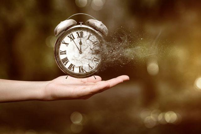 Ученые узнали, почему время идет только вперед