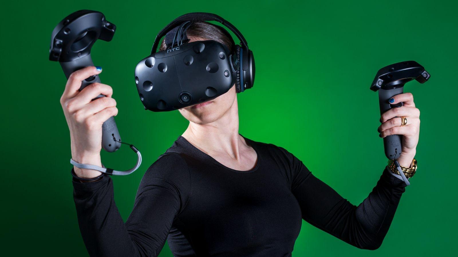 В будущем 2017-ом году HTC хочет отгрузить 1,5 млн VR-шлемов Vive