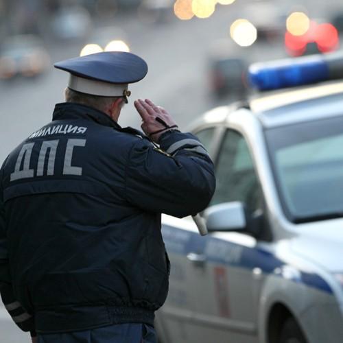 ВМеждуреченске ребенок сбил полицейского ипротаранил его автомобиль