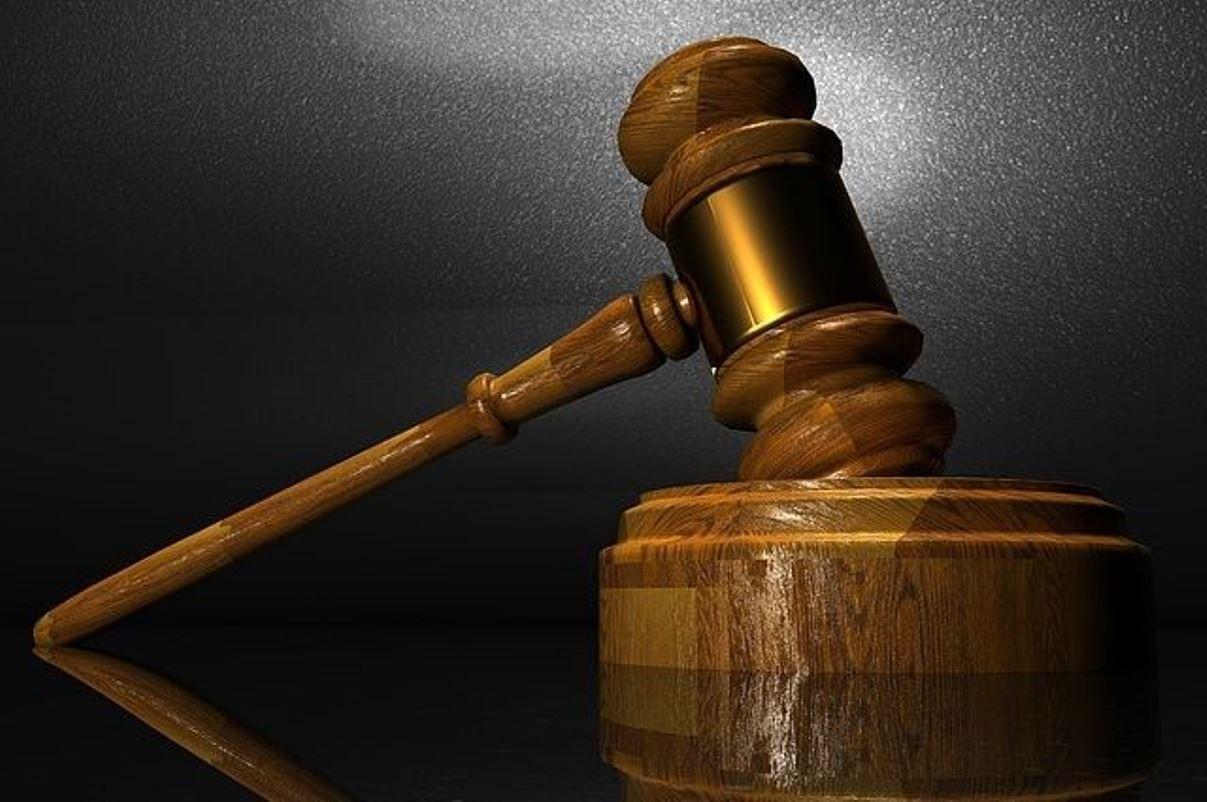 Петроградский районный суд закрыли из-за разлива ртути