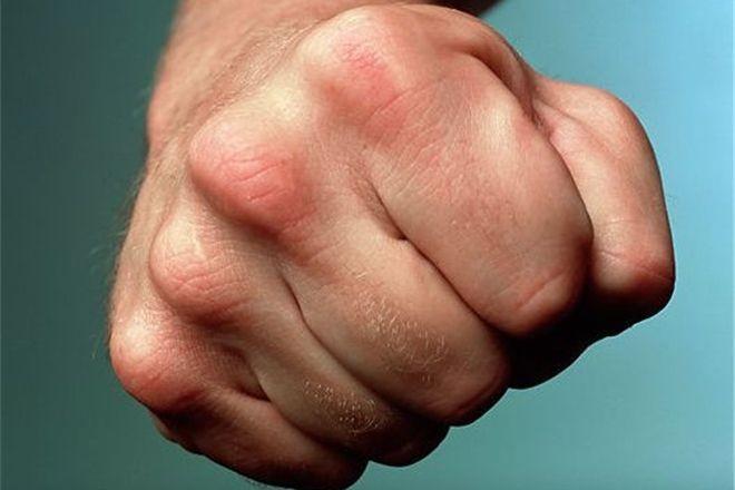 Гражданин Бурятии досмерти забил отца голыми руками из-за сигарет