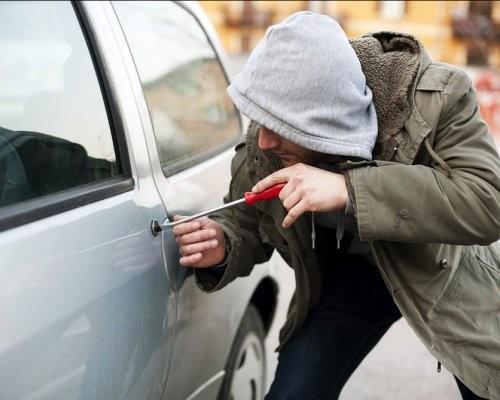ВПетрозаводске нетрезвый злоумышленник два раза угнал автомобиль