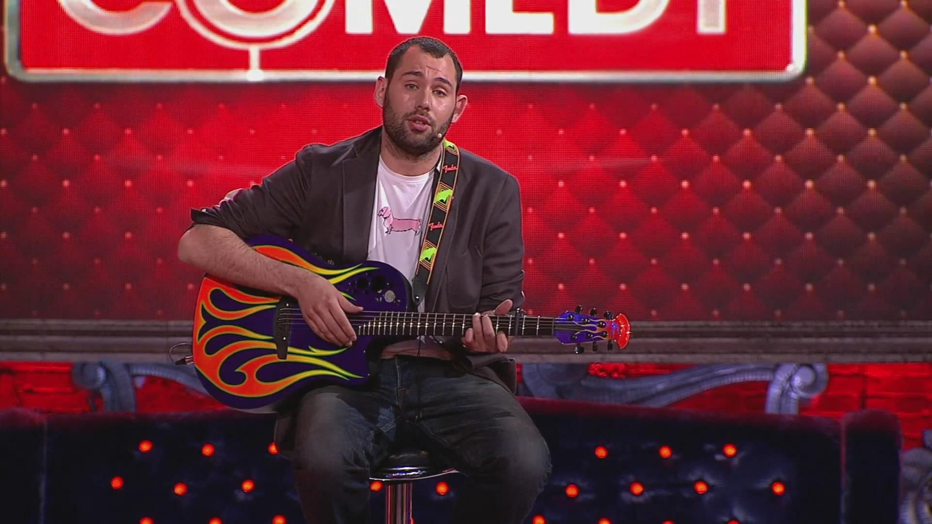 Семен Слепаков исполнил песню обелом порошке итварях из«Дома-2»