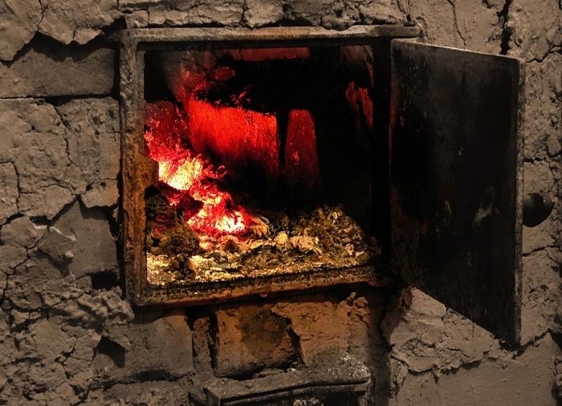 Школьник вынес годовалую сестренку изгорящего дома вЗабайкалье