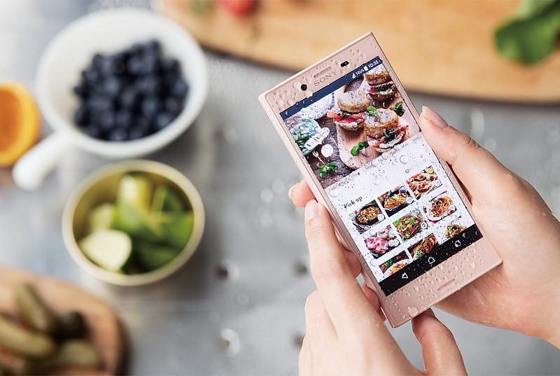 Сони оборудовала смартфон Xperia XCompact защитой отводы