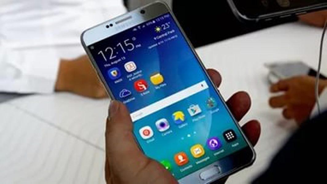 ВЯпонии уодного изпассажиров самолета задымился Galaxy Note 7