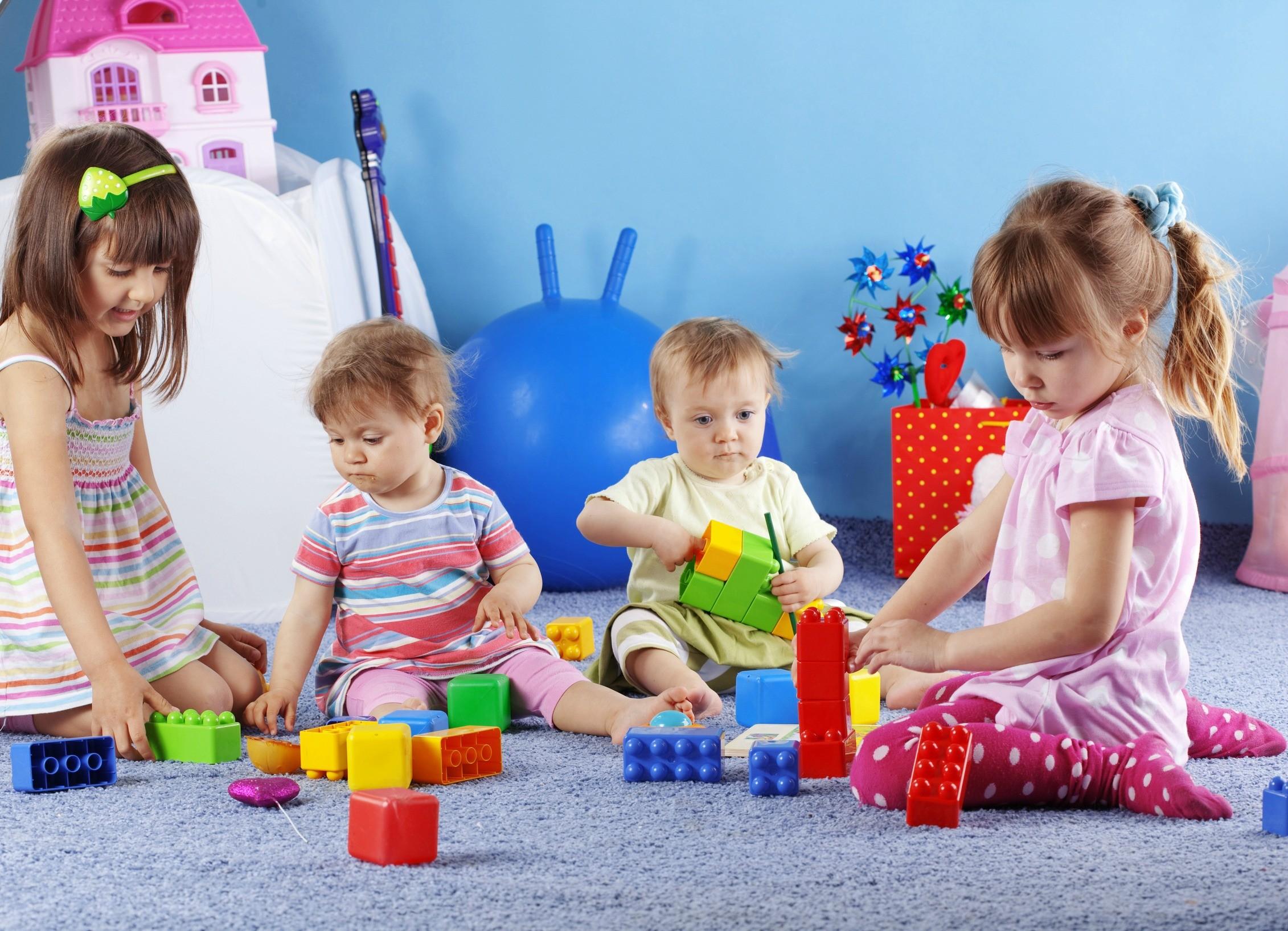 Ученые узнали, скакого возраста дети могут запоминать слова