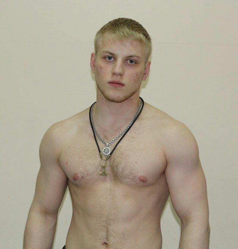 ВОмске поподозрению вубийстве задержан боец ММА