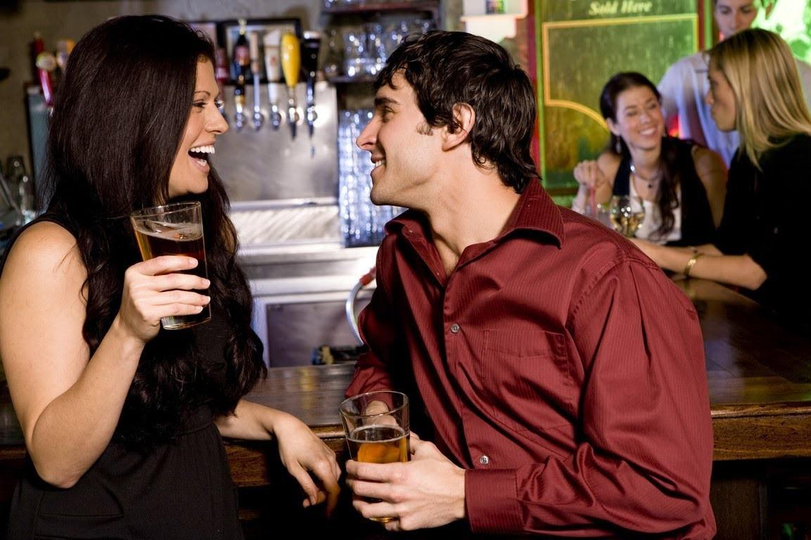 Снял телку в баре, Парень снял телку в баре и трахнул ее дома порно видео 26 фотография