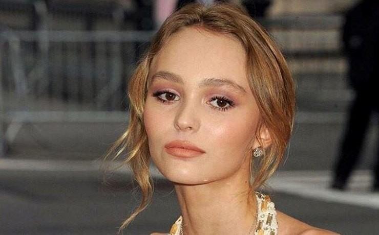 Дочь Джонни Деппа призналась ванорексии