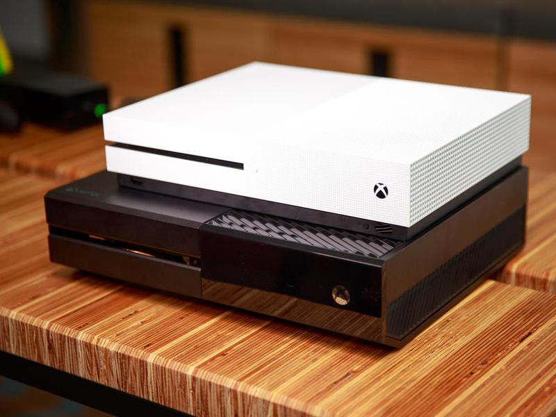 В Российской Федерации дан старт официальным продажам Xbox One S