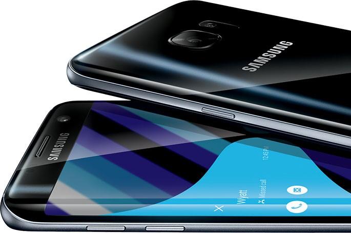 Мобильные телефоны Самсунг сейчас можно приобрести вофисах банков Российской Федерации