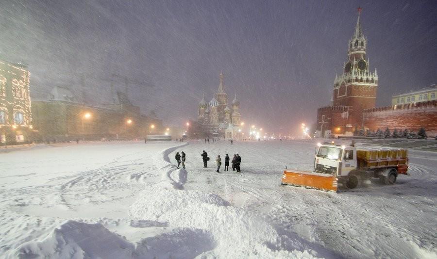Высота снежного покрова в российской столице составила 5см