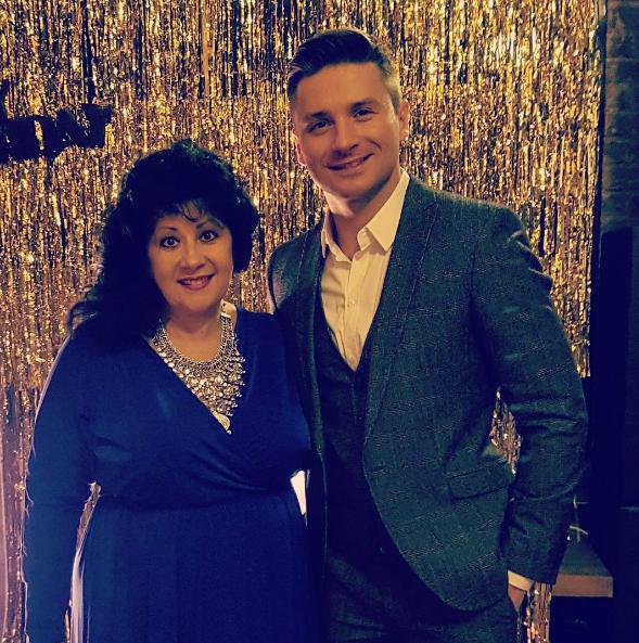Сергей Лазарев в Instagram поздравил свою маму с днем рождения