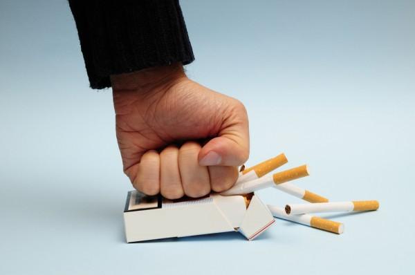 Ученые выяснили, когда человек не сможет бросить курить