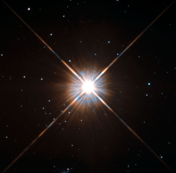 Ученые обнаружили, что звезда Проксима Центавра похожа на Солнце