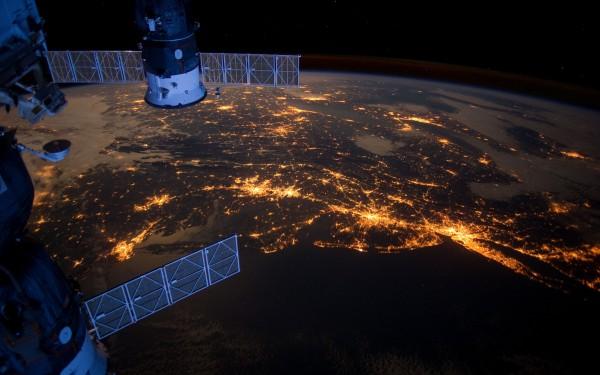 В России планируют создать собственного туроператора для полетов в космос