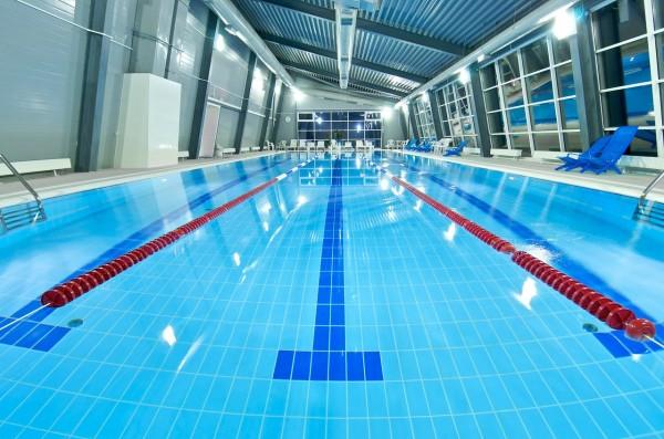 В Екатеринбурге 5-летний пловец чуть не утонул в бассейне