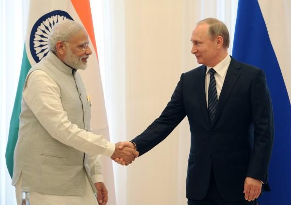 Премьер Индии назвал Путина старым другом