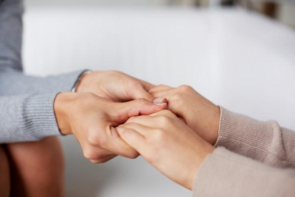 Ученые: Вылечившиеся от рака люди требуют поддержки и заботы