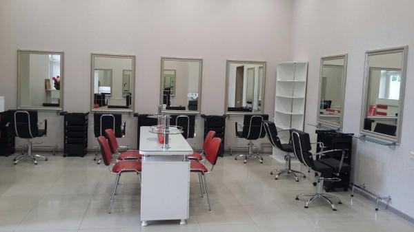Оборудование для салона красоты и парикмахерских