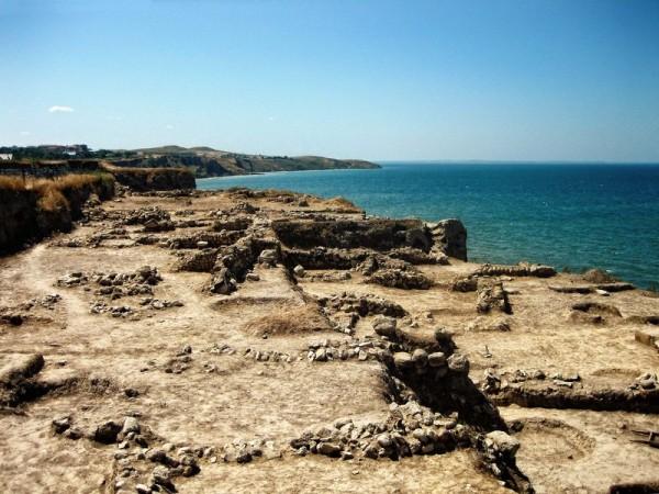 В Турции ученые нашли древнейший склад парфюмерии и лекарств
