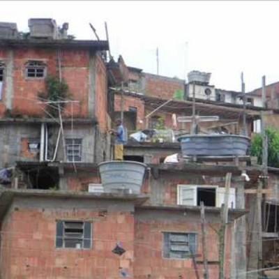 """Ученые уверены, что """"эффект соседства"""" - прекрасная панацея для жителей трущоб"""