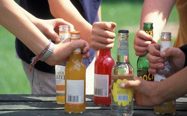 Зависимость оталкоголя вмолодости оставляет след навсю жизнь