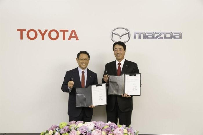 Тоёта и Мазда совместно будут строить электромобили
