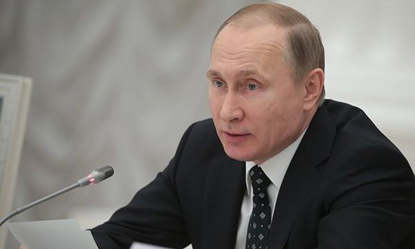Владимир Путин анонсировал реконструкцию русских станций вАнтарктиде